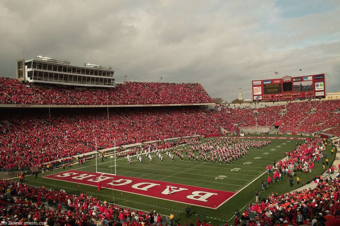 "... com: A ""Carbon Neutral"" College Football Game: Wisconsin vs. Illinois"